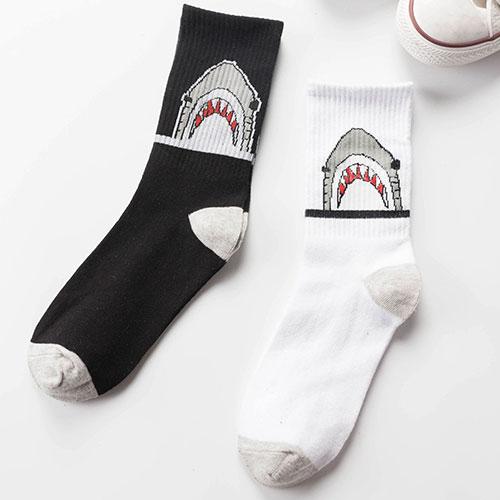 秋冬款鲨鱼图案高筒袜子 男女情侣袜 原宿系  街头滑板长筒袜