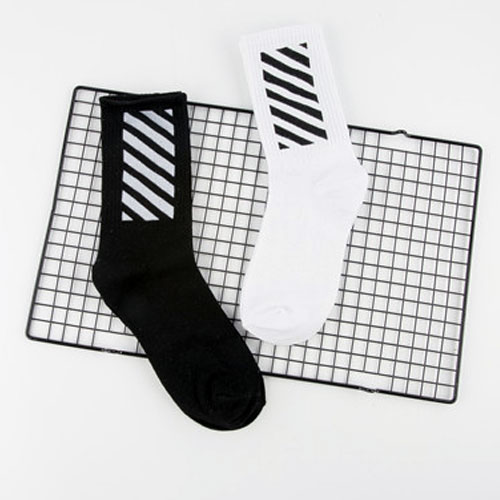 男士中筒原宿风运动袜棉袜子 条纹图案 街舞滑板中筒潮流袜